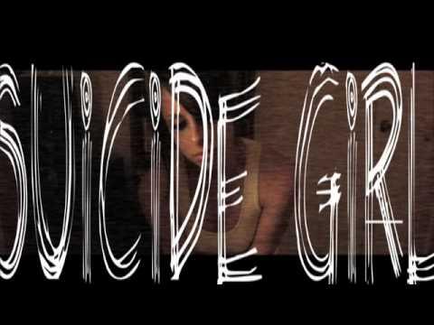 DAYWALT HORROR: Suicide Girl