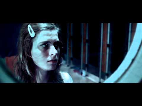 LOVE HURTS - Short horror film