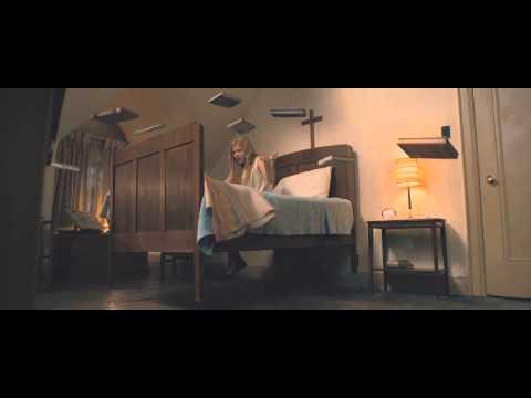 Trailer: Carrie (Kimberly Peirce, 2013)