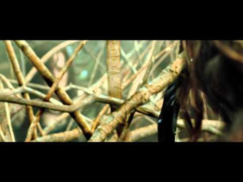 Evil Dead | trailer - LET OP BEVAT ZEER ENGE BEELDEN