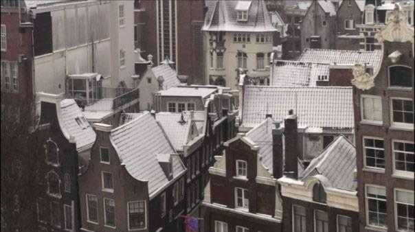 De Sint - Dick Maas - Locatie Amsterdamse Daken