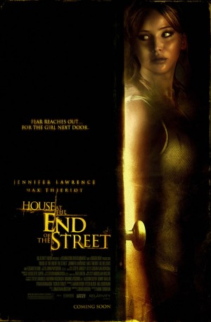 house at the end of the street 300x457 3 Trailers en poster van House at the End of the Street