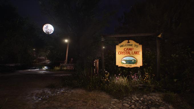 Camp-Crystal-Lake-friday-13th-game