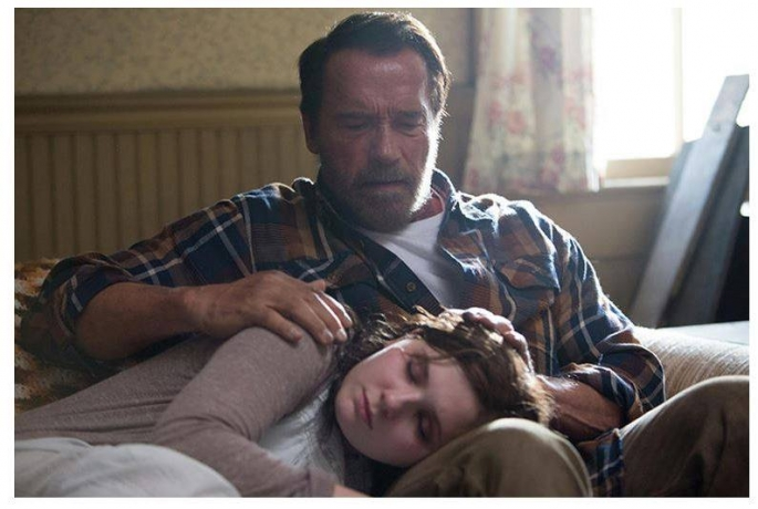 a-still-from-the-movie-maggie-with-arnold-schwarzenegger-and-abigail-breslin