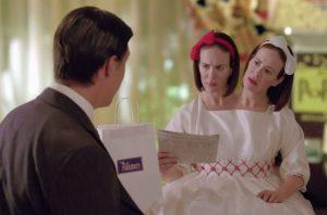 Sarah Paulson als Bette en Dot Tattler in American Horror Story Freak Show