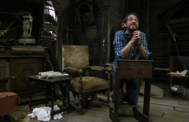 Regisseur Nick Jongerius bidt dat hij uit handen blijft van de moordenaar in The Windmill