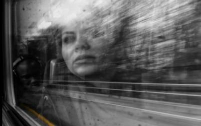 meisje trein