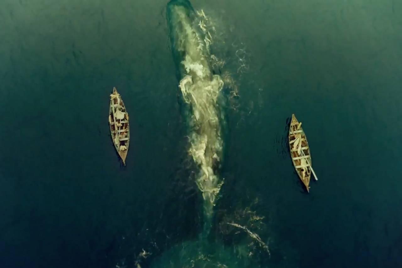 Het meest interessante deel van de film volgt als de bemanning in kleine boten terug moet zien te keren naar land.