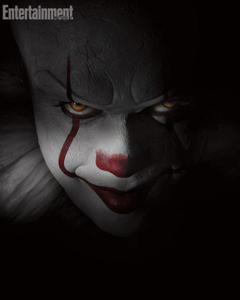 Bill Skarsgård IT Pennywise clown