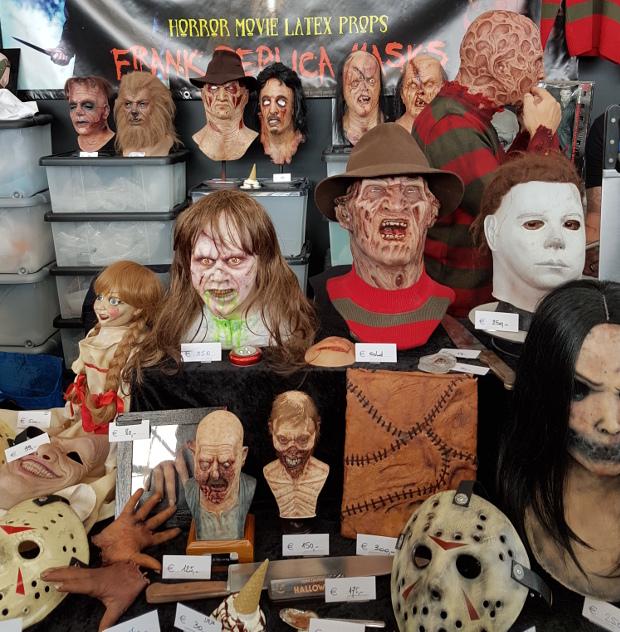 frank-replica-masks-comic-con-amsterdam